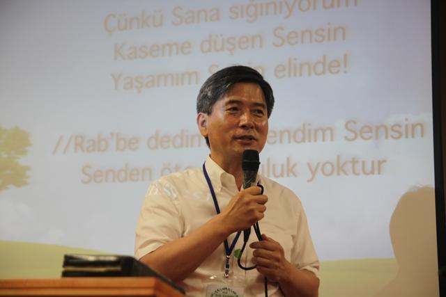 이상명 미주장신대 총장, 터키 8개 현지 교회 연합수련회 인도